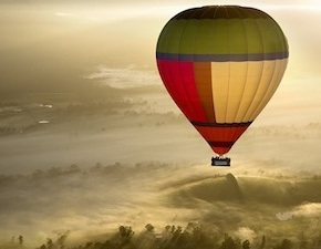 Hot Air balooning over Yarra Valley and champagne breakfast is one of the highlights of every incentive trip to Melbourne