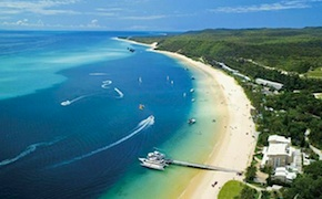 Incentive group takes a day cruise to tangalooma island from Brisbane with dmc australia