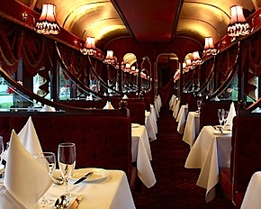 Dmc Melbourne dines with incentive travel delegates in the only Colonial Tramcar restaurant in Australia.