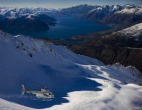 dmc-new-zealand-luxury-heli-sking-uniq-travel
