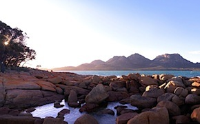 Luxury travel in amazing freycinet with dmc tasmania