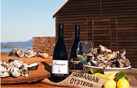 New venue in Tasmania perfect for incentive groups. Oysters and wine tastings by UNIQ dmc australia