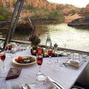 dmc-australia-incentive-travel-northern-territory-dinner-cruise-uniq