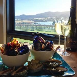dmc-australia-incentive-travel-tasmania-oysters-wine-uniq
