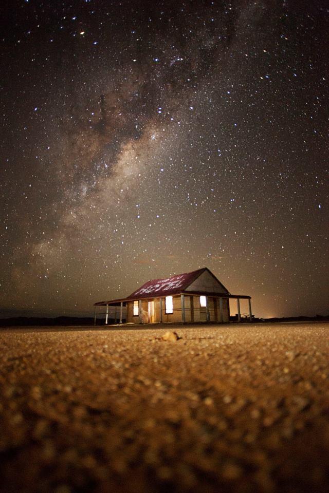 australia-outback-MundiMundiplains-Broken-Hill-WesternNSW