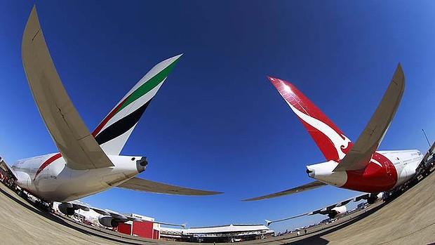fly-australia-qantas-emirates