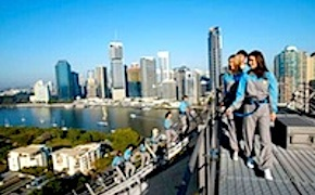 Brisbane bridge climb by incentive travel participants with uniq dmc australia
