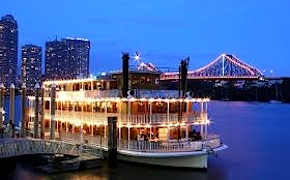 Incentive group enjoys dinner cruise aboard paddlewheeler in brisbane with dmc australia